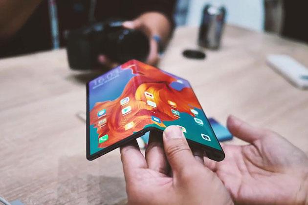 华为Mate X手机被炒至6万 折叠屏明年爆发?