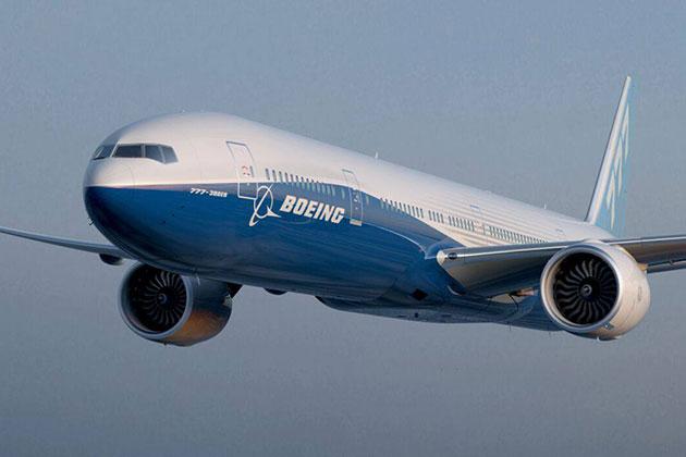 """波音777空中喷火 乘客经历""""生命最可怕5分钟"""""""
