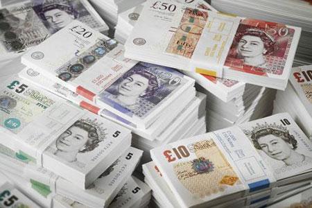 数据显示英国6大富豪身家等于1320万穷人财产总和