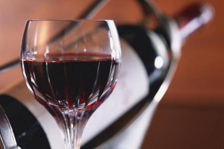 最高院发布食品纠纷案件最新详解:主播虚假宣传葡萄酒将承担连带责任