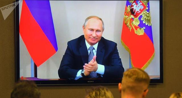 """中俄""""通气"""",普京在对抗欧美上多了一张王牌"""