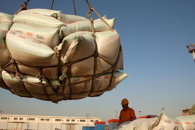 印度面积那么小却出口1000万吨大米:我国那么大,为何还进口粮食