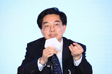 王学坤:建议建立农民退休制度 让65岁以上农民老有所养