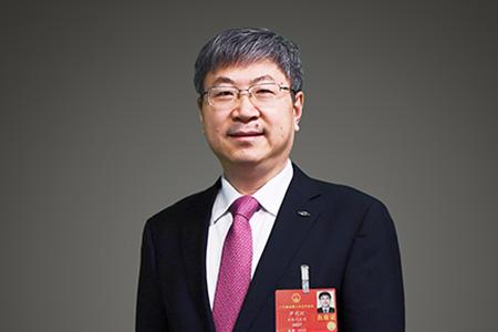 尹同跃:通过再利用新能源汽车的核心零部件,促进绿色循环经济发展