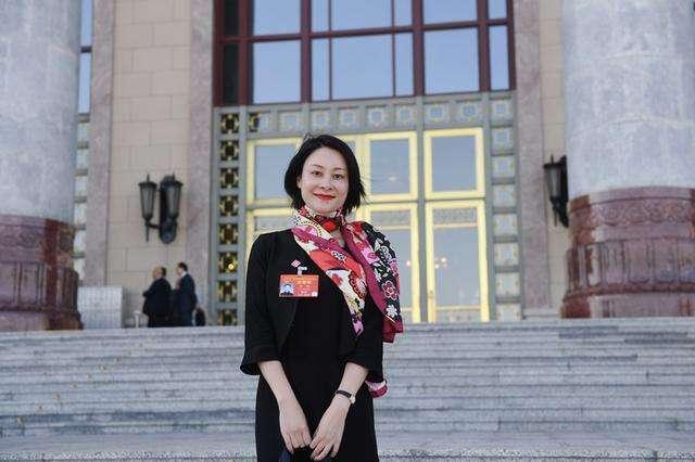 全国人大代表曾娜:建议关注基层非遗、开展消费扶贫,助力中国白酒提档升级