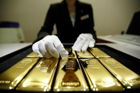 特朗普讲话缓和市场情绪 黄金、原油应声下跌