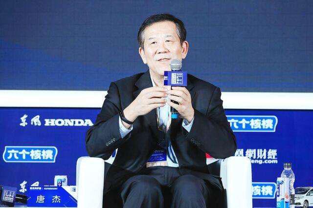 唐杰:中国一定要去转型 要抛掉一些低端产品