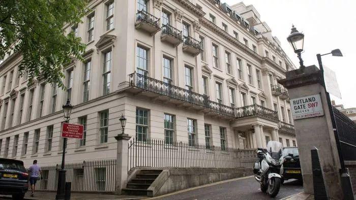 重庆前首富花18亿买英国豪宅:占地5700平45个卧室