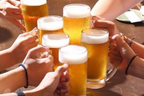 """国家监管总局颁令 啤酒瓶不再""""超期服役"""""""