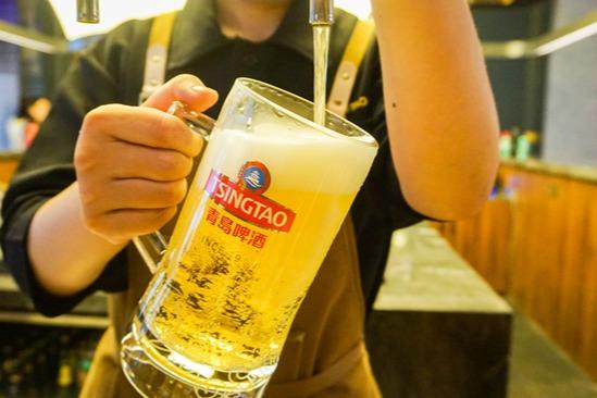 """茅台酒与青岛啤酒座谈 """"传道解惑""""还是共谋出路?"""