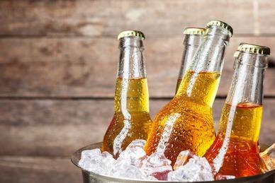 """燕京啤酒前三季营收净利""""双降"""" 公司对四季度回暖""""没底"""""""