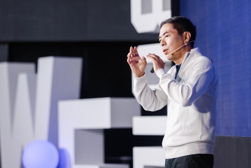 张小龙:微信将推输入法,社交推荐使视频号能够立足