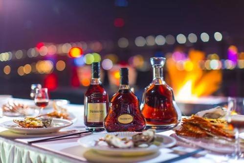 三人在家生产轩尼诗等洋酒131万元 网店、微店直销还供货KTV