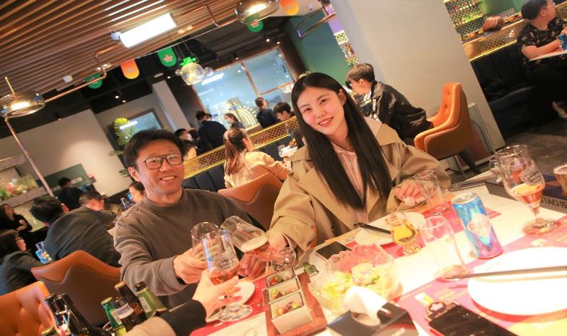 """青岛啤酒启动""""百店百场魅力质量品鉴会"""" 用魅力质量赋能美好生活"""