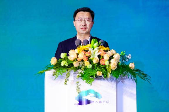"""洋河股份董事长张联东谈名酒使命:要既能造就经典,又当得了""""网红"""""""