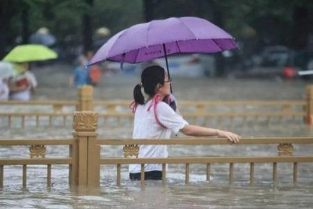 暴雨洪灾来袭如何应对?这份自救指南超详细实用