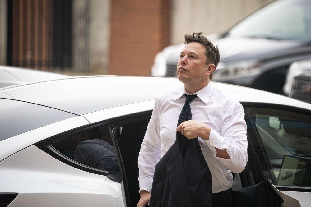 马斯克:我持有三种加密货币 特斯拉和SpaceX只拥有比特币